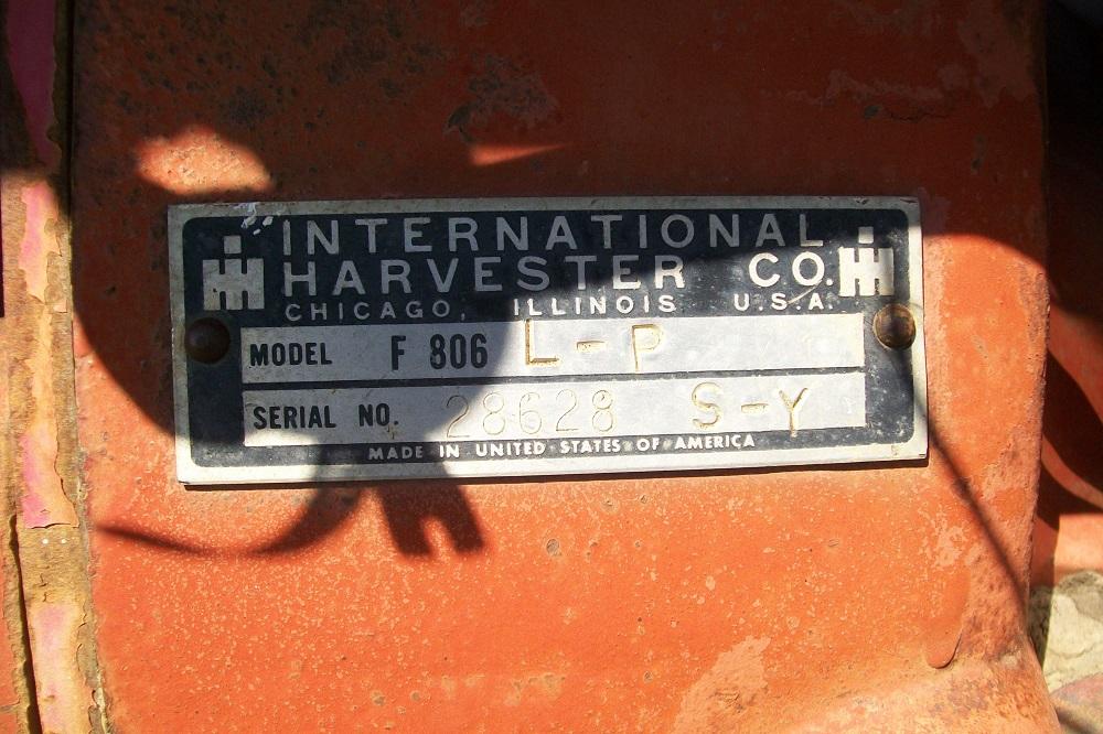 IH806LPTRACTOR1612
