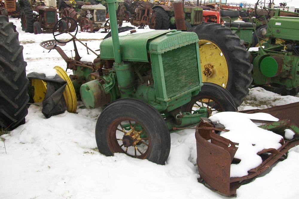 John deere biewer tractor salvage for Scrap tractor tires
