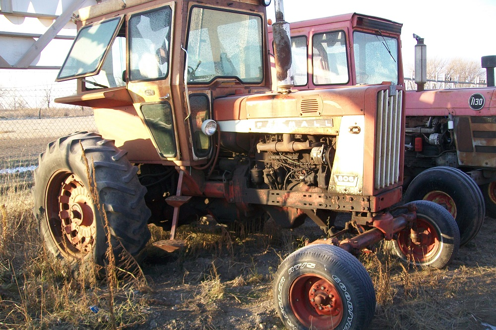 IH806TRACTOR114