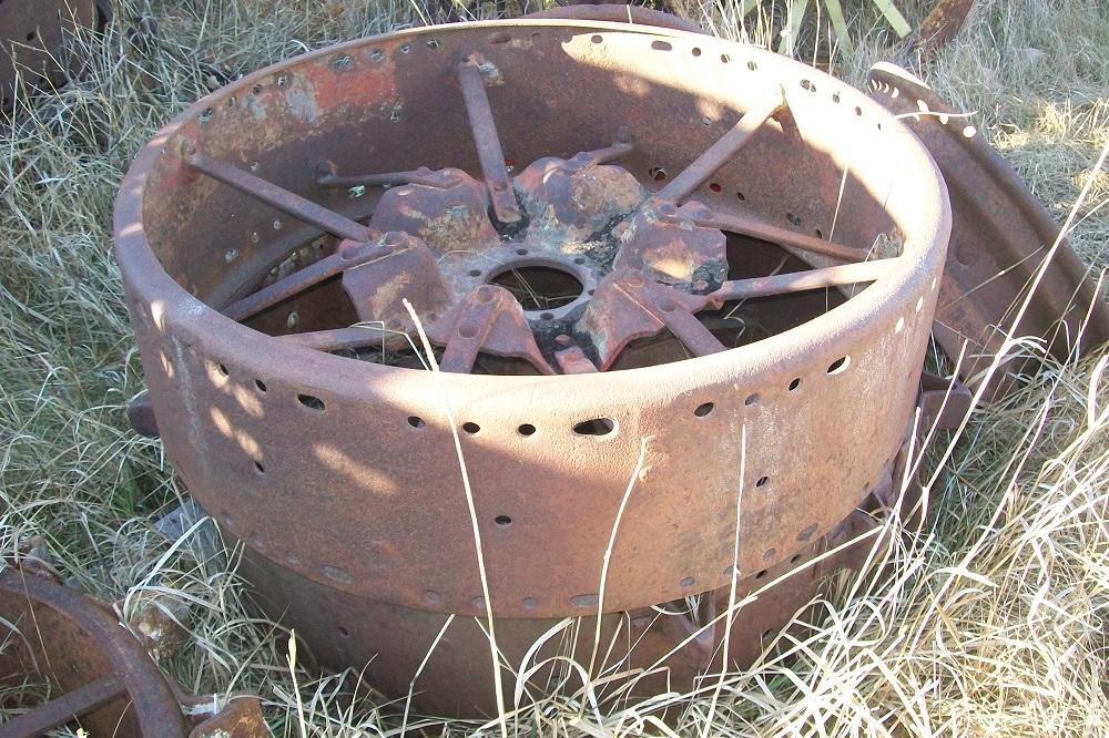 Farmall Steel Wheels : Farmall f tractor rear steel wheels biewer
