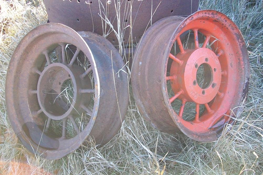 Farmall Rear Rims : Farmall f tractor rear wheels biewer salvage