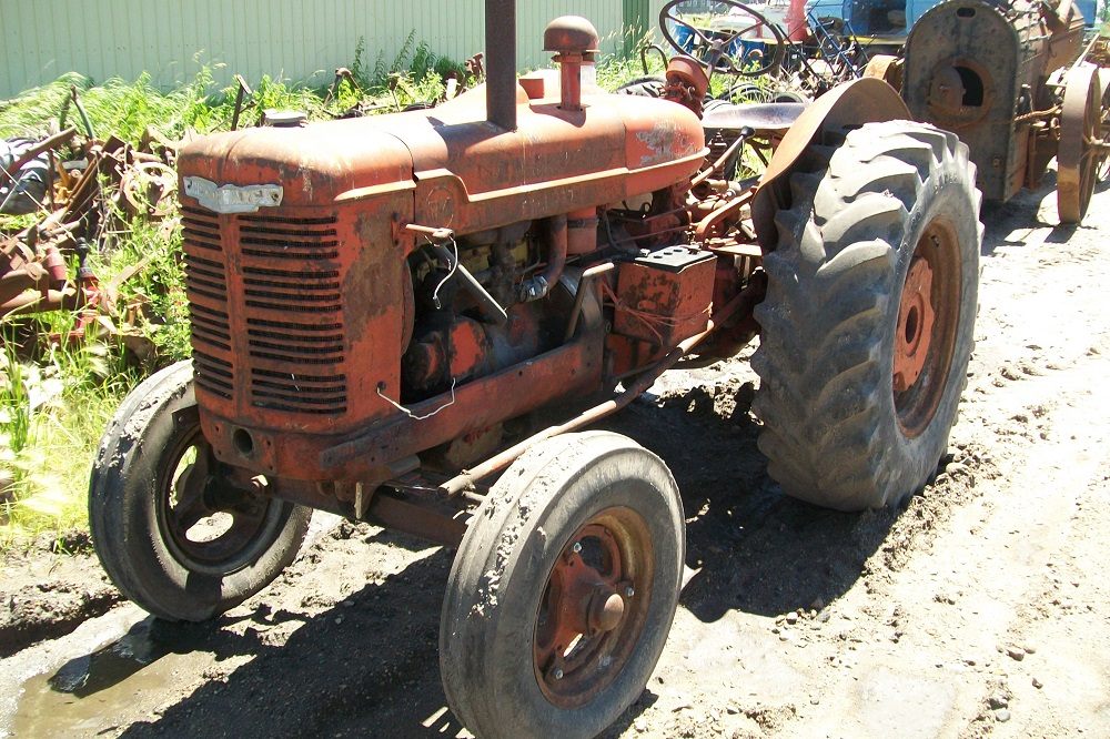 IHW4TRACTOR20
