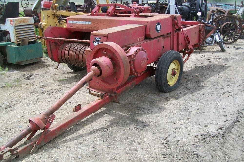 MF12BALER3243