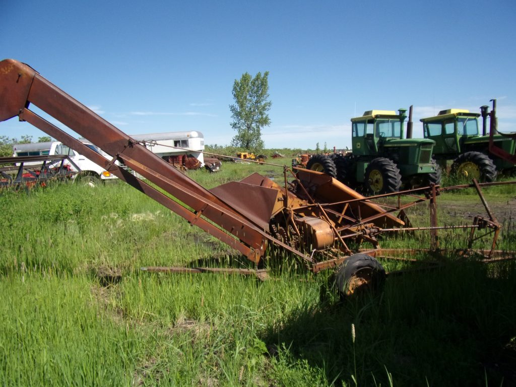 Coop Corn Picker