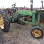 JOHNDEEREBTRACTOR1232